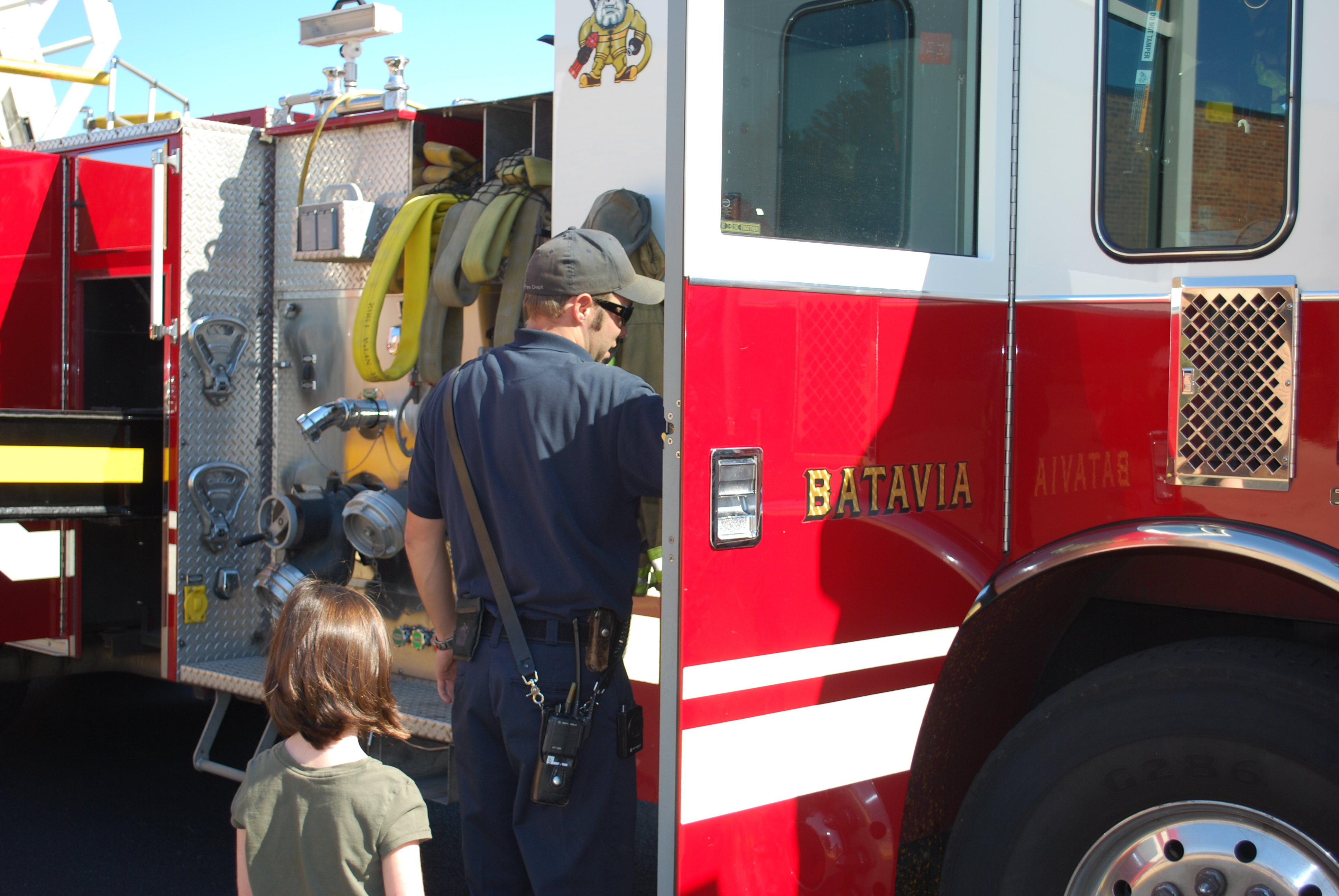 storm-school-batavia-lunchtime-play-and-firetrucks-035